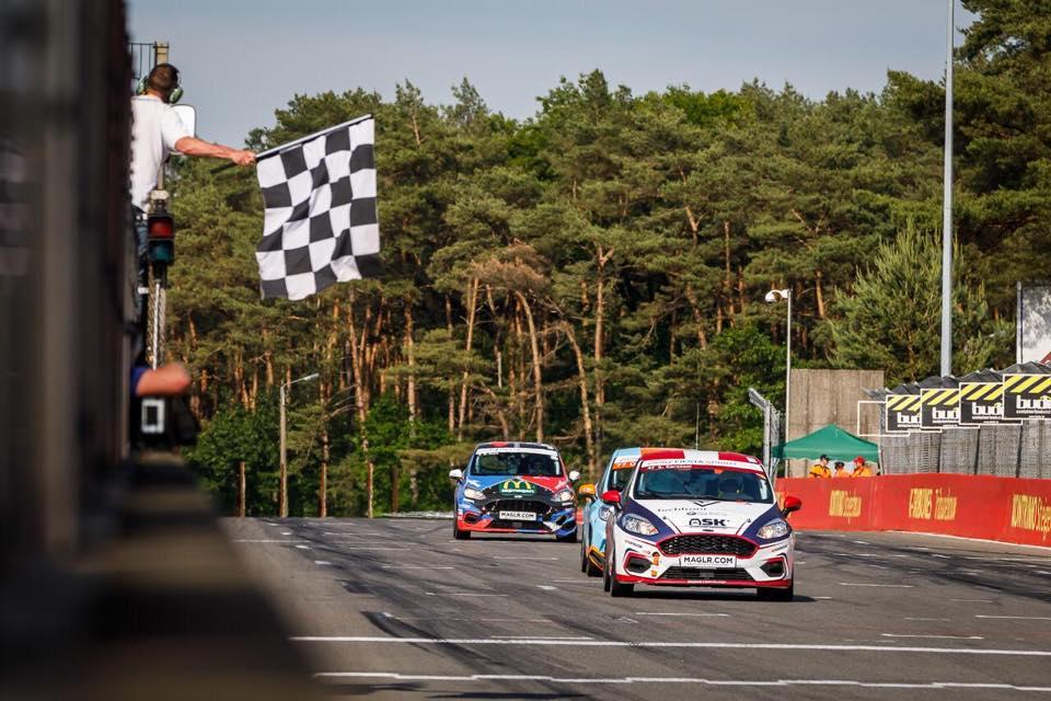 2e race/5e plek